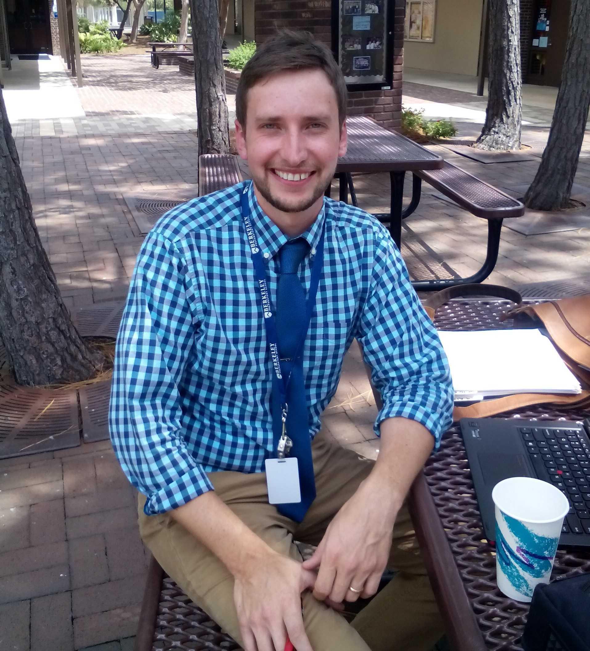 Dr. Jonathan Olson