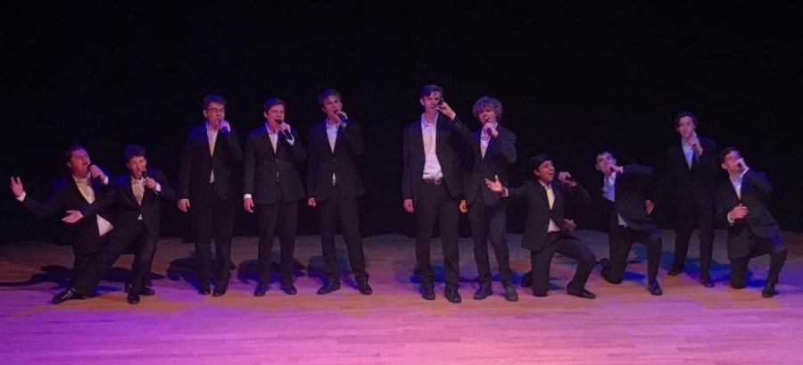 """BEGINNING WITH A BEAT: The Berkeley Beatitones kicked off the concert by dazzling the crowd with show-stopping performances such as """"Colder Weather"""" and """"Mr. Blue Sky."""""""