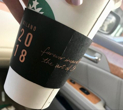 THE LITTLE THINGS: I really appreciate the fall themed sleeve, because it got me in the mood for a PSL.