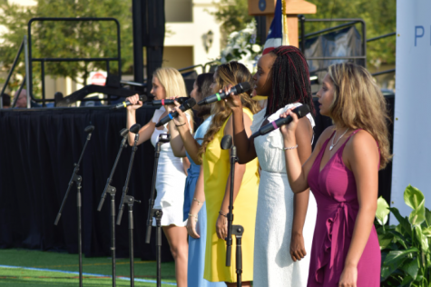 SENIOR VOCALISTS: (back to front) Tallulah Nouss '20, Nadia Al Hassani '20, Sof Leche '20, Kennedy Perry '20  and Katherine Nerro '20 perform at the Baccalaureate Service. (Photo by Catherine Amburgey)